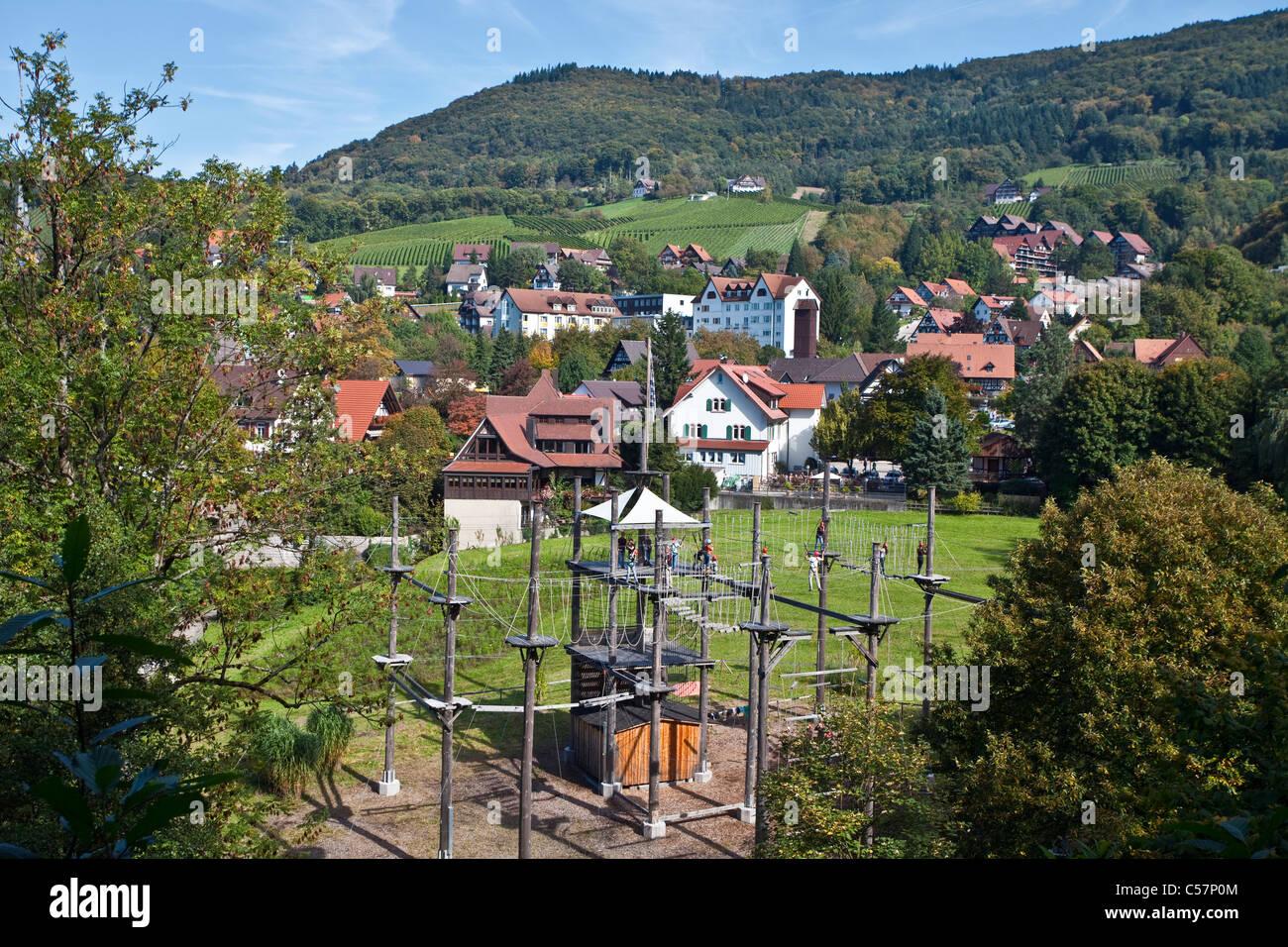 Hochseilpark Alde Gott, Sasbachwalden, filo alto park, parco avventura arrampicata nel parco, Immagini Stock