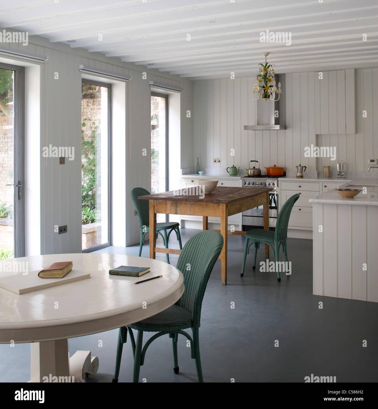 Cucine Contemporanee Immagini & Cucine Contemporanee Fotos Stock - Alamy
