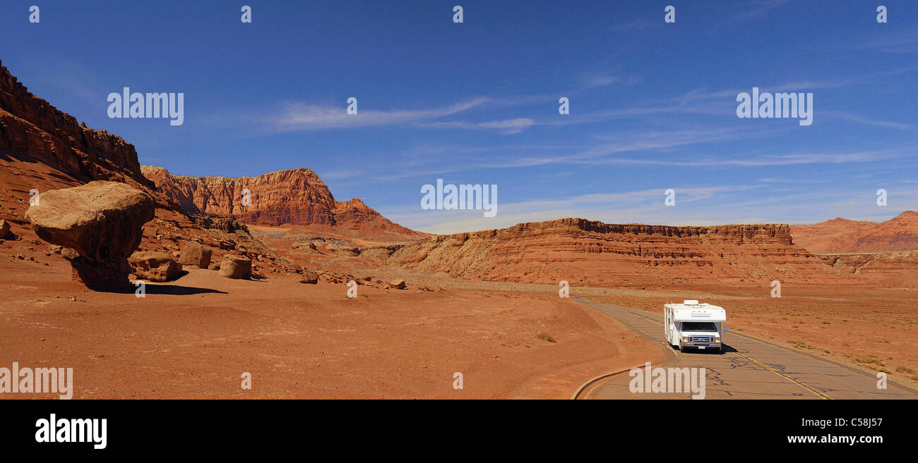 Rocce di funghi, Glen Canyon National Recreation Area, Lees Ferry, Arizona, Stati Uniti d'America, Stati Uniti, Immagini Stock