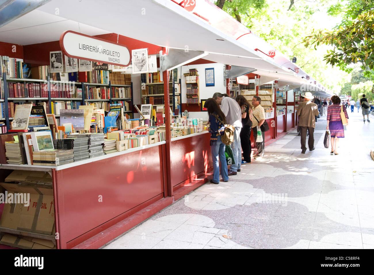 Libro annuale fiera sul Paseo de Recoletos, Madrid, Spagna Immagini Stock