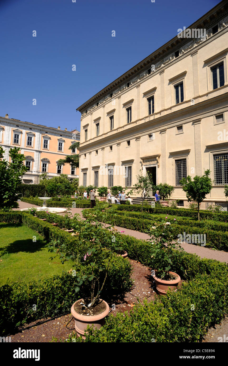 Italia, Roma, a trastevere, Villa Farnesina (villa Chigi), giardino rinascimentale Immagini Stock