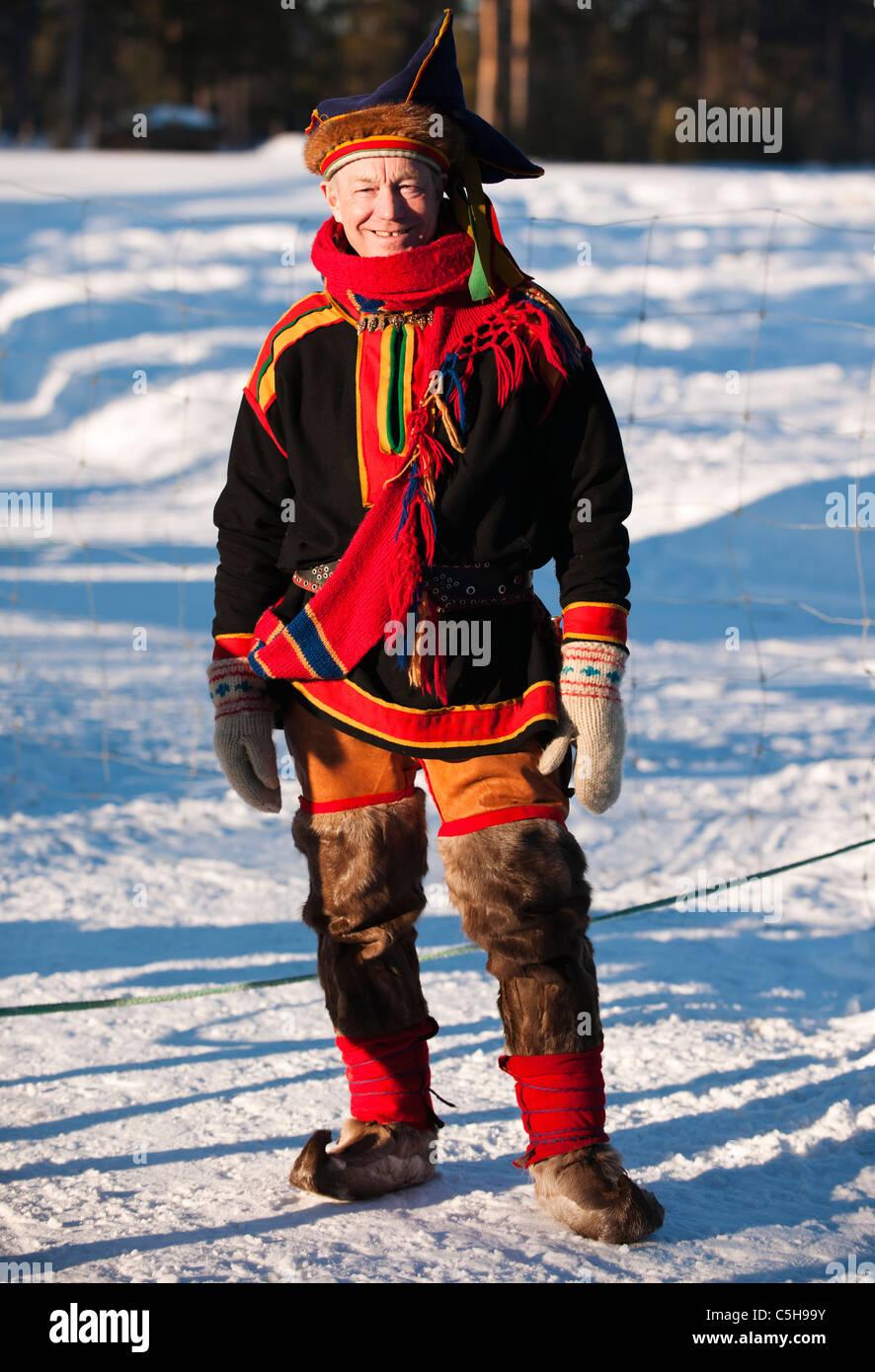 Sami in costume tradizionale, Lapponia, Findland Immagini Stock