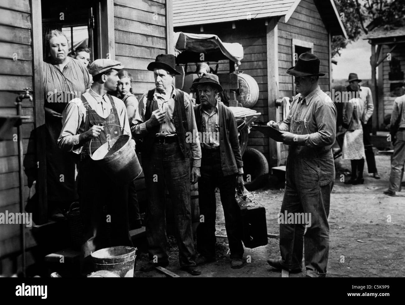 Le uve di ira Anno: 1940 USA Direttore: John Ford Jane Darwell, Henry Fonda basato su John Steinbeck Immagini Stock