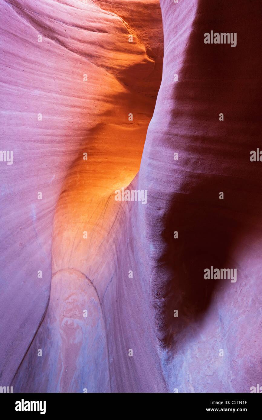 Stati Uniti d'America, Utah, Scalone Escalante National Monument, peek-a-boo Canyon Slot Foto Stock