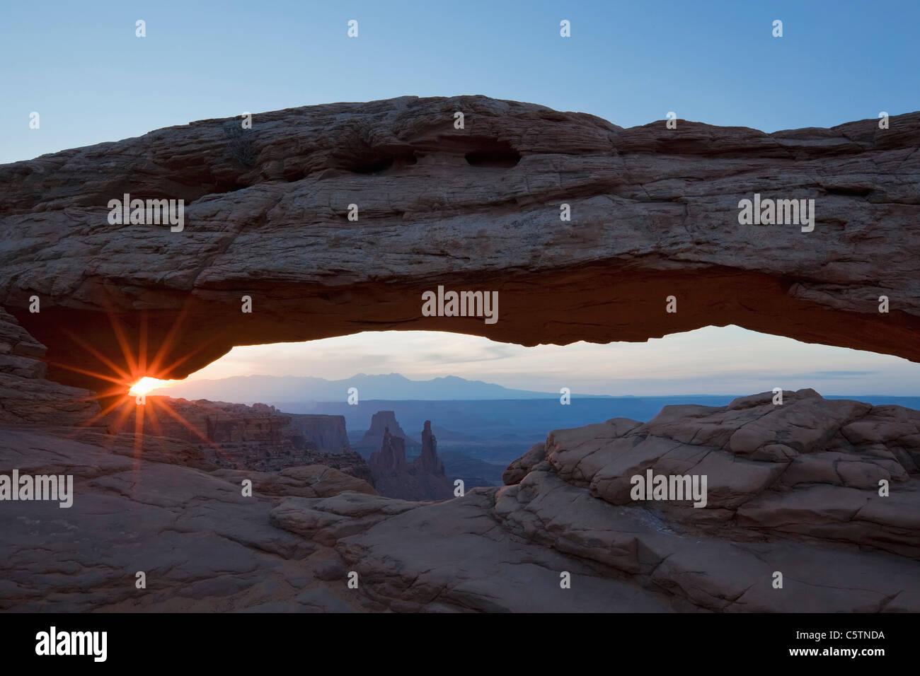 Stati Uniti d'America, Utah, il Parco Nazionale di Canyonlands, Mesa Arch Immagini Stock