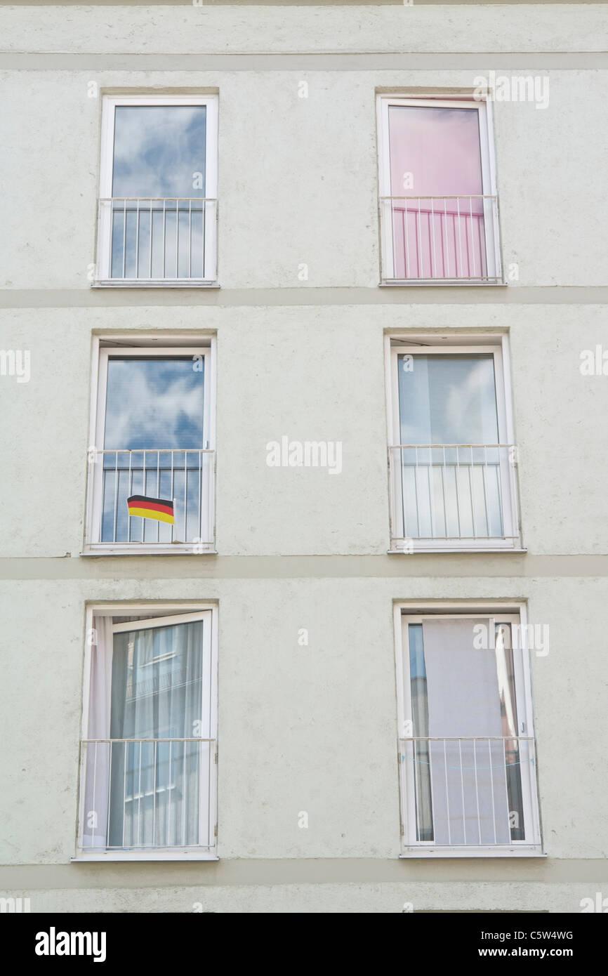 Germania - Monaco, Windows di edilizia residenziale Immagini Stock