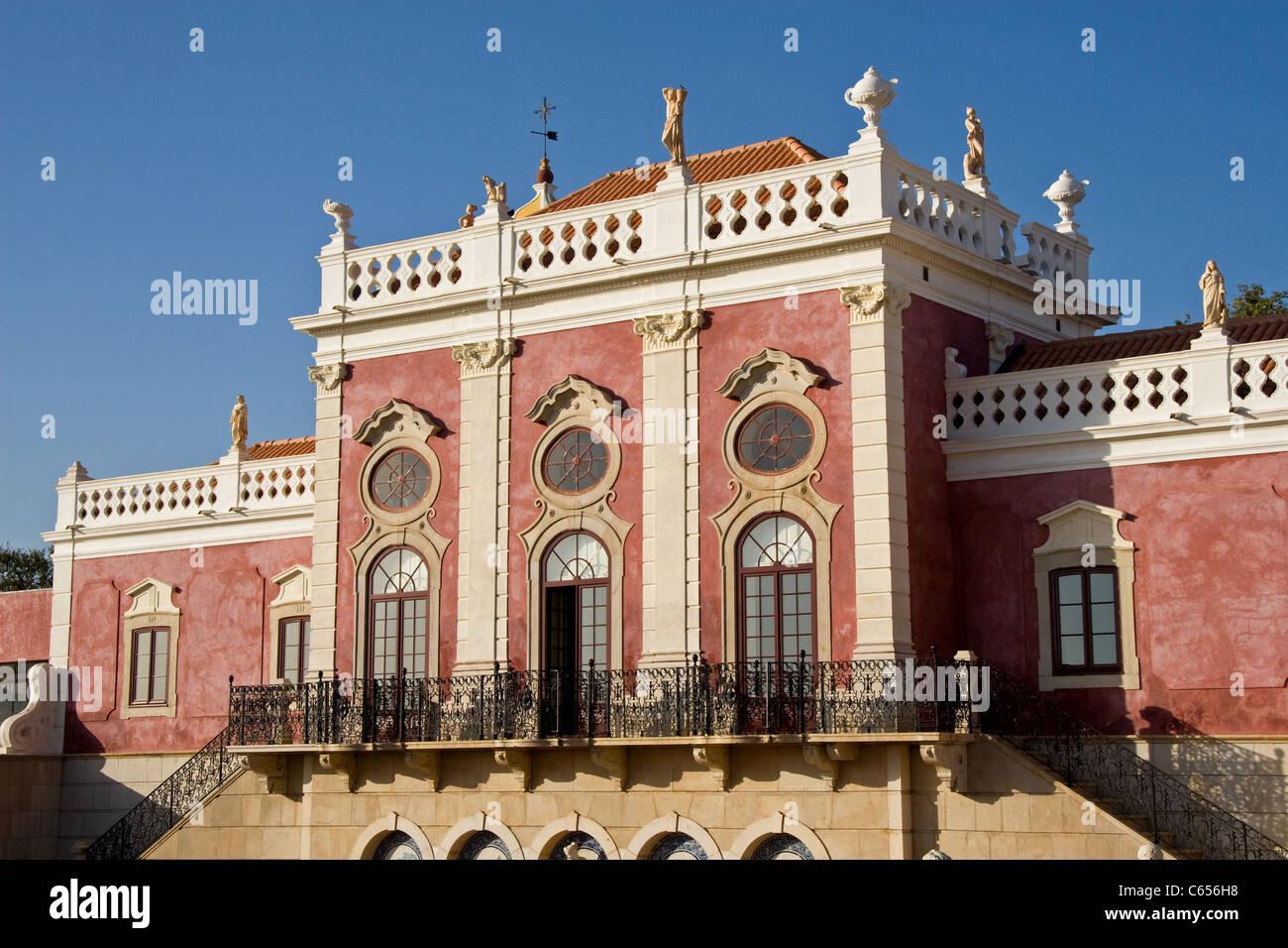 Palácio de Estoi (C19) ora convertito in Pousada de Estoi (storico hotel), Estoi Faro Algarve Portogallo Immagini Stock