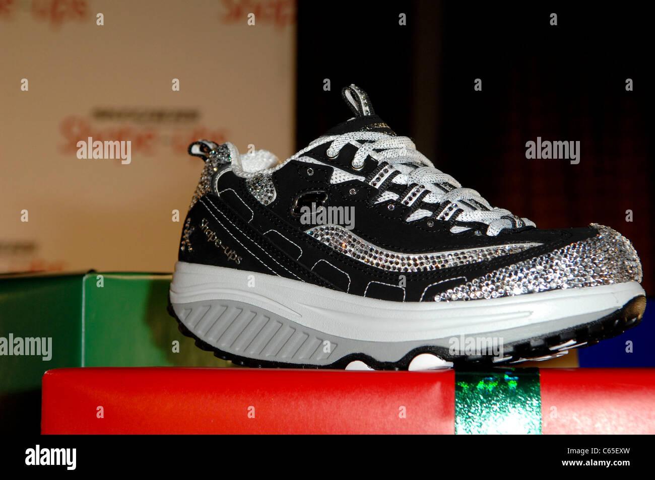 watch dfafb 85a73 Nuove scarpe Skechers alla conferenza stampa di SKECHER ...