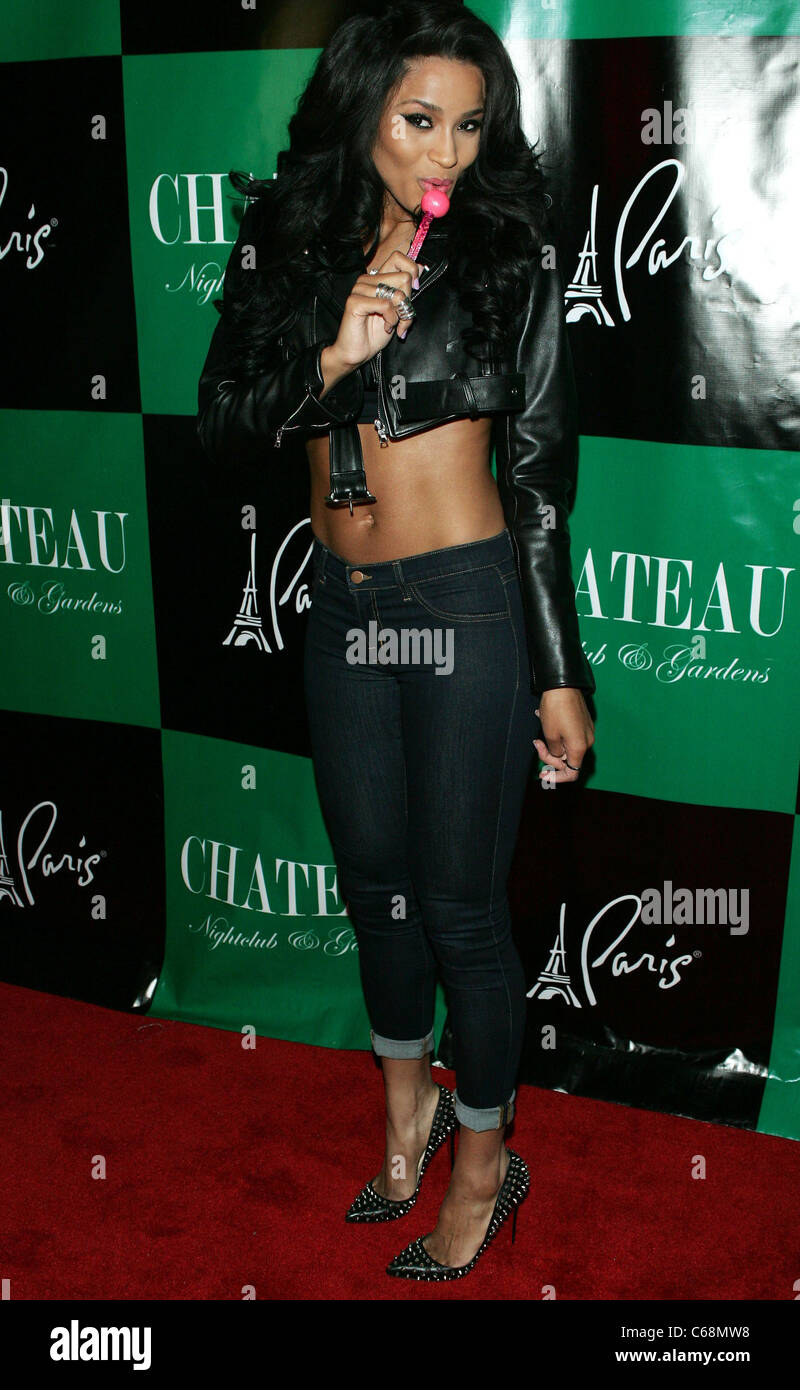 Ciara ad una apparizione pubblica per Ciara aspetto a Chateau, Chateau Nightclub & giardini a Paris Las Vegas Las Foto Stock