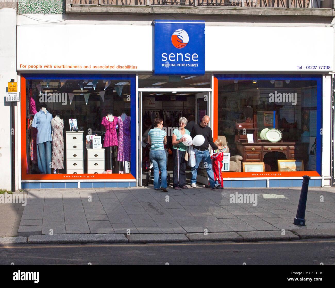 Senso della carità Shop a Whitstable High Street Immagini Stock