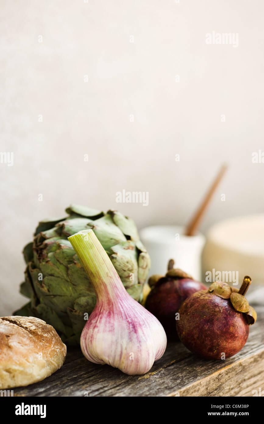 La molla di aglio, Carciofo, e mangosteen Immagini Stock