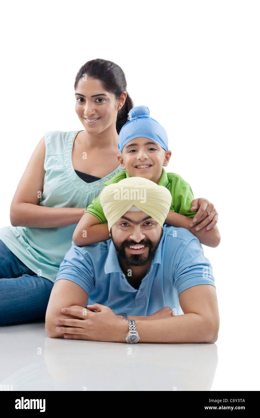 Famiglia Sikh in posa Immagini Stock