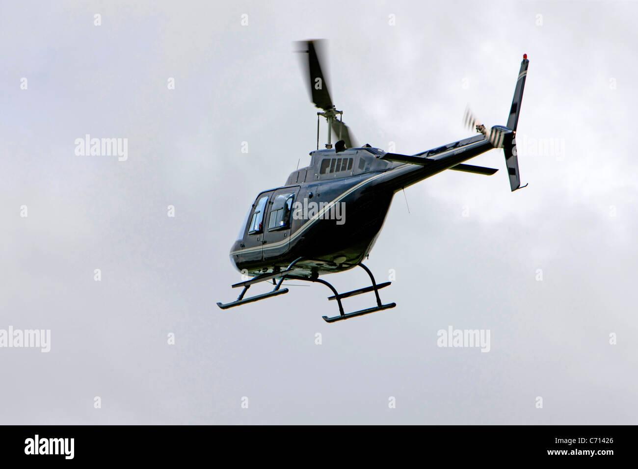 Elicottero Jet Ranger : Un bell jetranger iii elicottero foto immagine stock