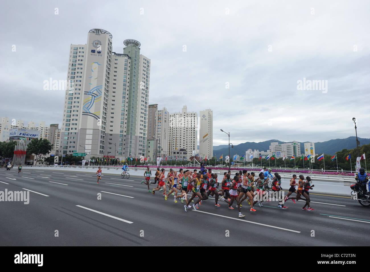Vista generale di Uomini Maratona per la tredicesima IAAF Campionati del Mondo di atletica leggera. Immagini Stock