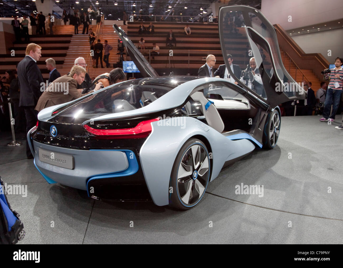 Nuova Bmw i8 concept car elettrica sulla IAA 2011 International Motor Show di Francoforte am Main, Germania Immagini Stock