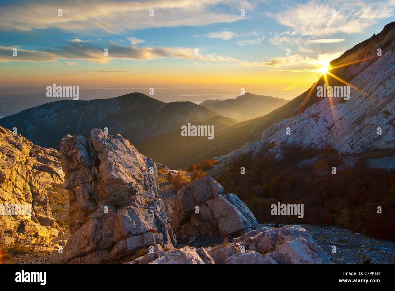 La montagna più bella della Croazia, Velebit a cadere. Immagini Stock