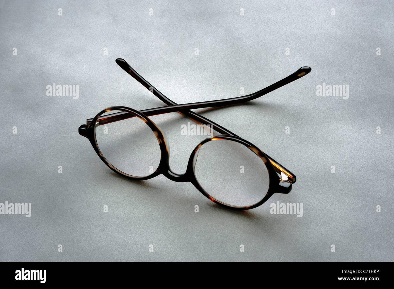 Paio di occhiali o occhiali da lettura Immagini Stock