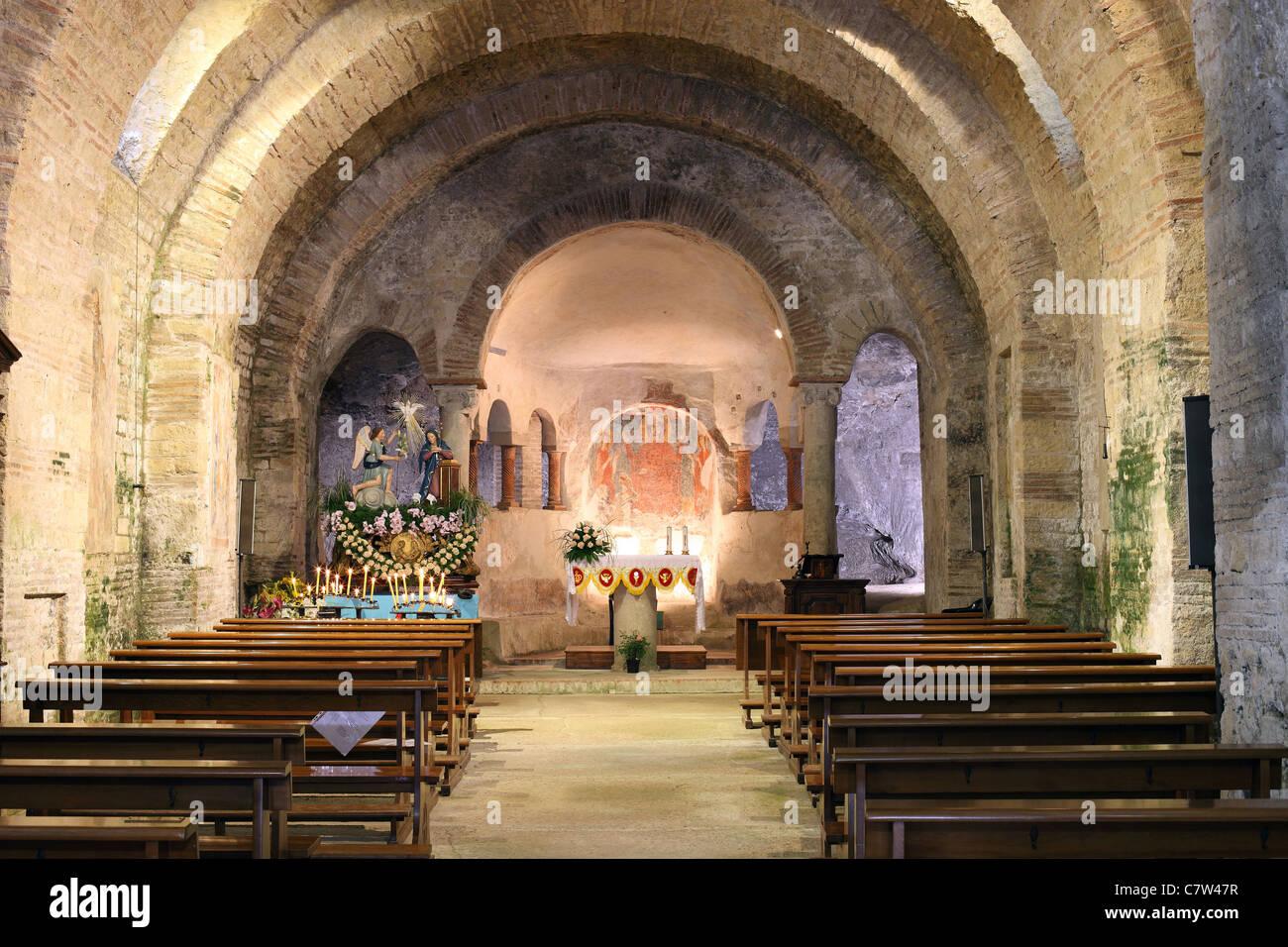 L'Italia, Campania, Prata Principato Ultra, Maria SS. Annunziata, basilica paleocristiana Immagini Stock
