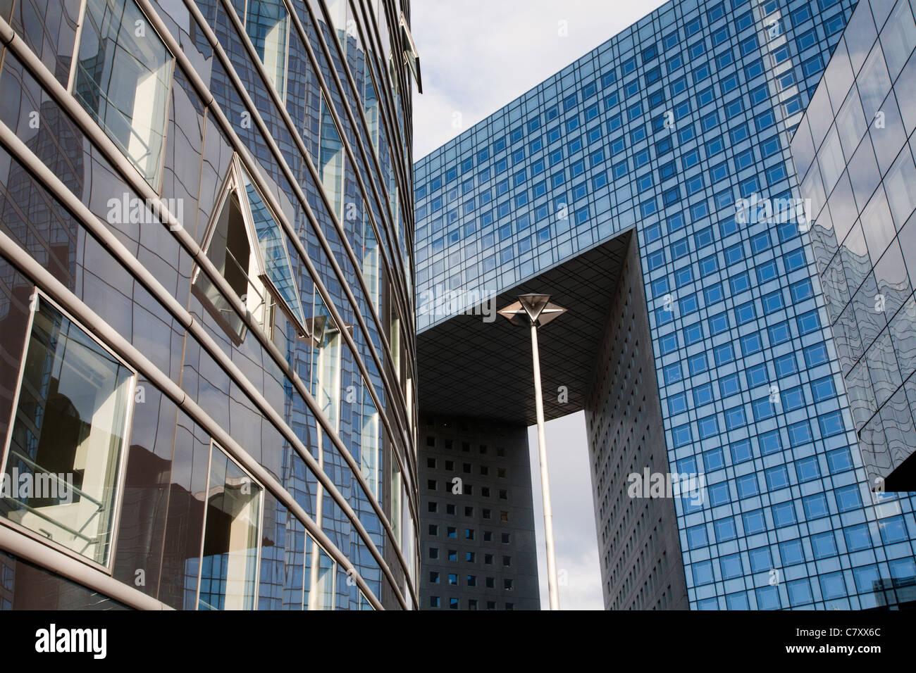 Parigi - Architettura moderna dalla difesa Immagini Stock