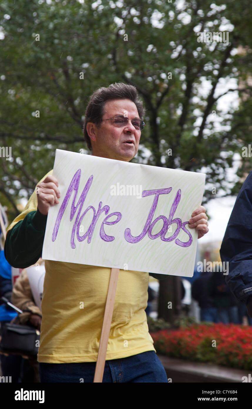 I dipendenti pubblici di protesta del Michigan tagli del benessere Immagini Stock