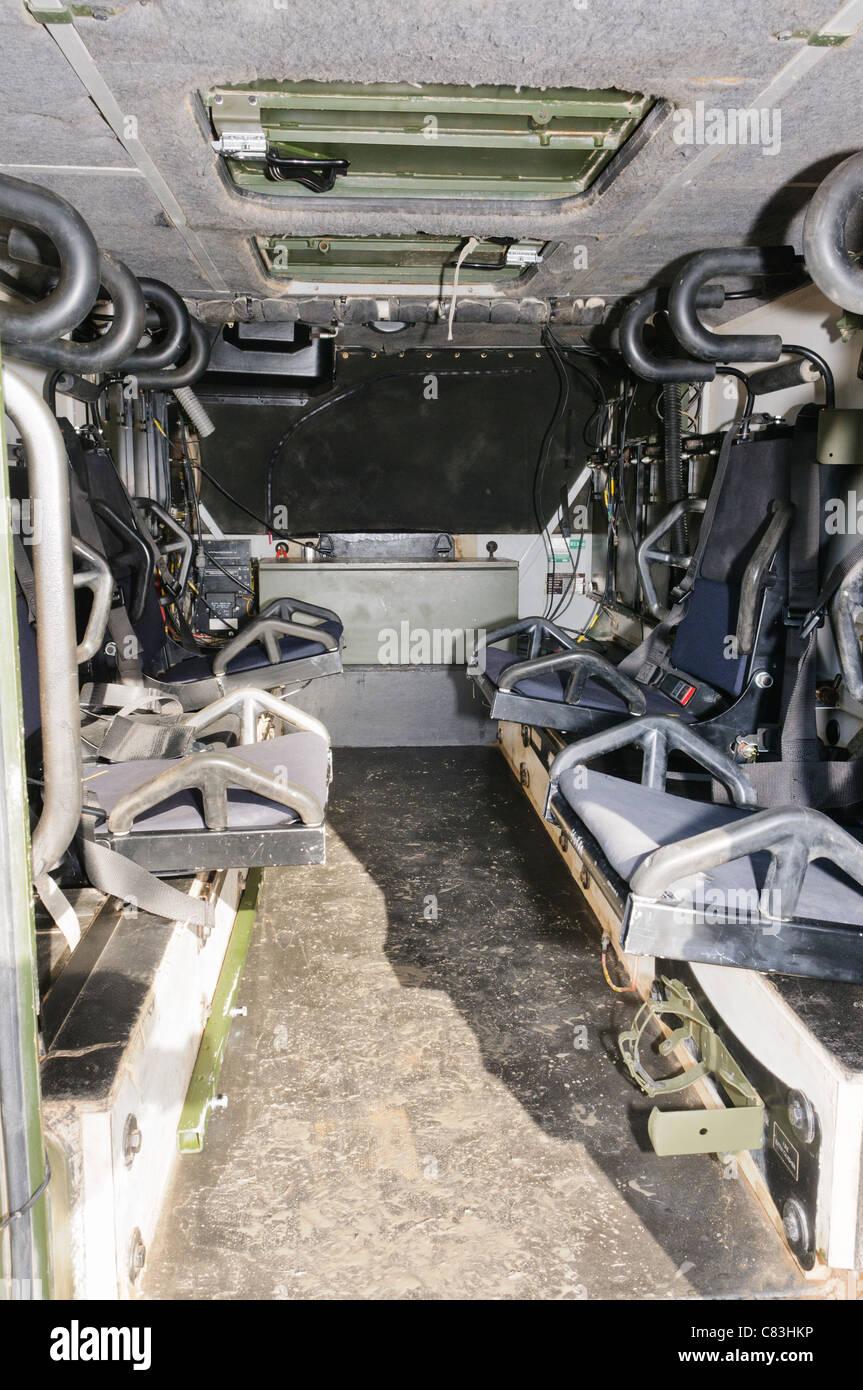 All'interno di un vettore blindato di trasporto di personale Immagini Stock
