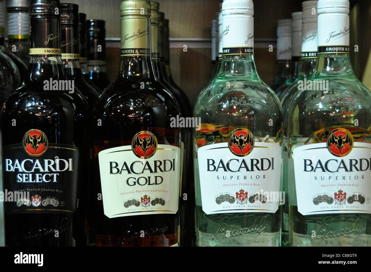 Bottiglie di liquore Immagini Stock