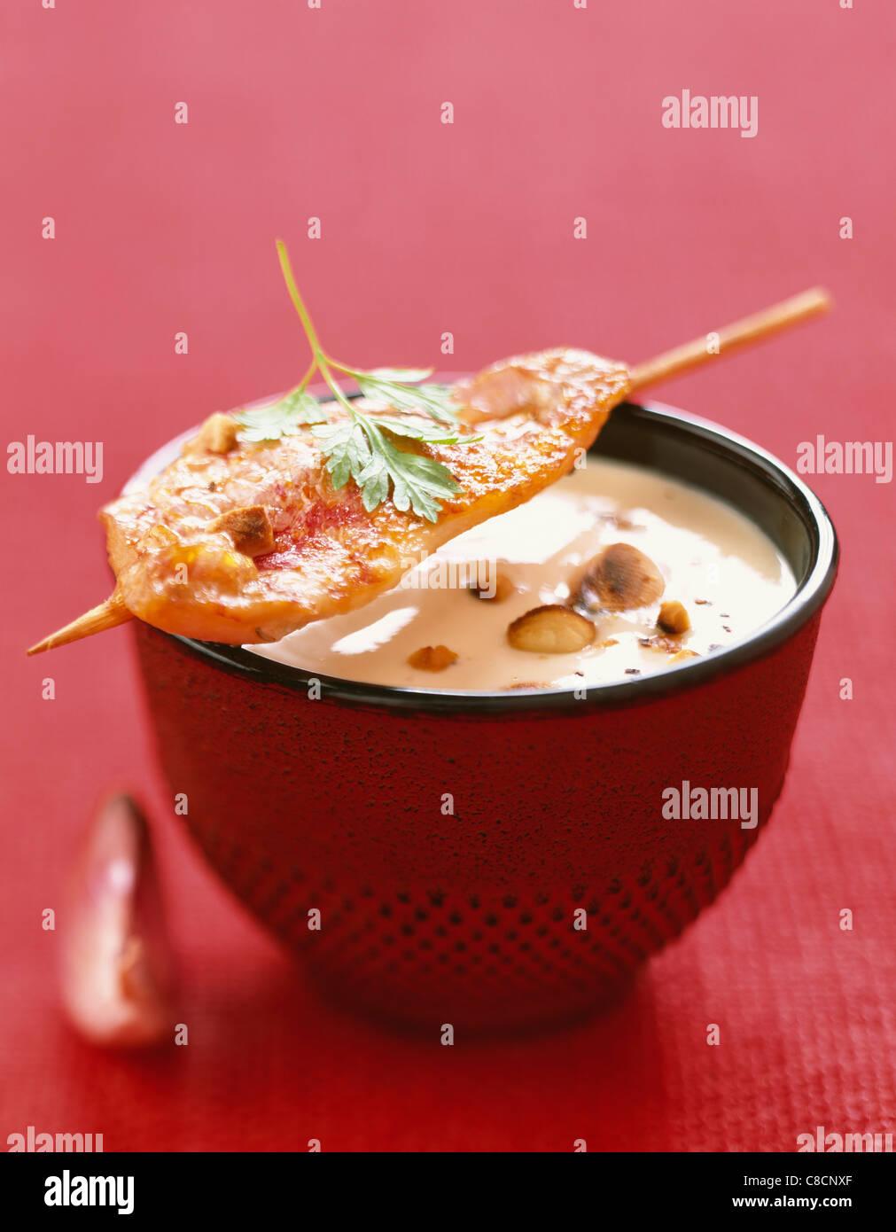 Aglio e salsa di mandorle Immagini Stock