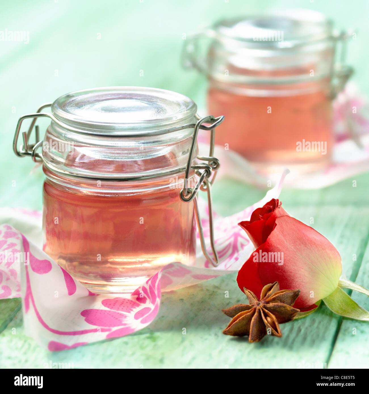 Rosa e anice stellato-gelatina aromatizzato Immagini Stock
