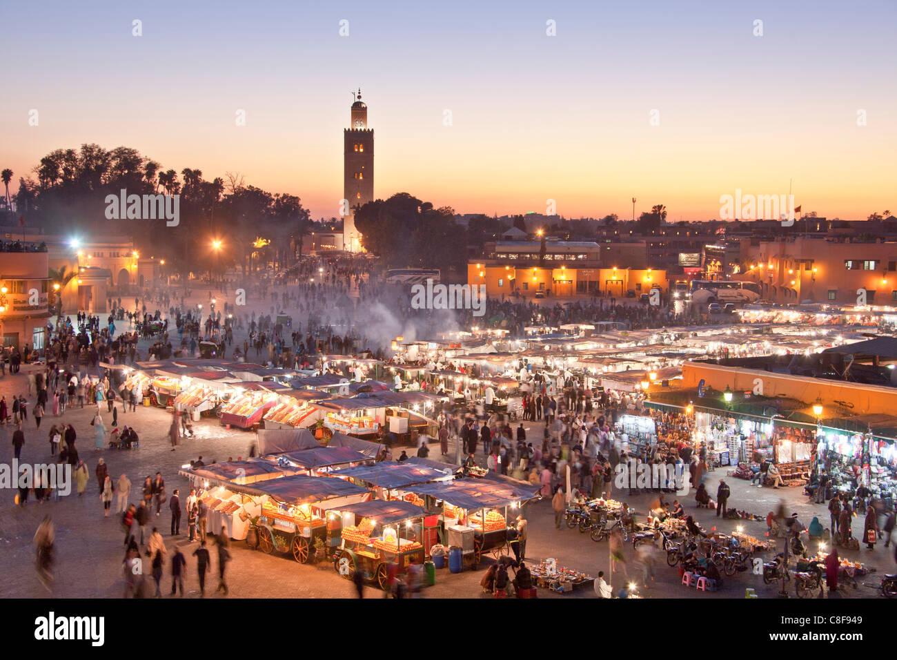 Il Marocco, Africa Settentrionale, Africa Marrakech, Medina, business, commercio, shop, Djemaa el Fna, luogo Koutobia, Immagini Stock