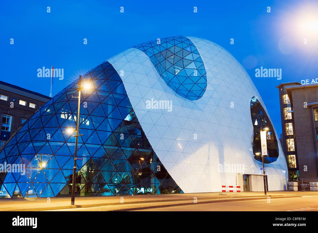 Architettura moderna in 18 Septemberplein progettato dall'Italiano Studio di architettura di Massimiliano Fuksas, Immagini Stock
