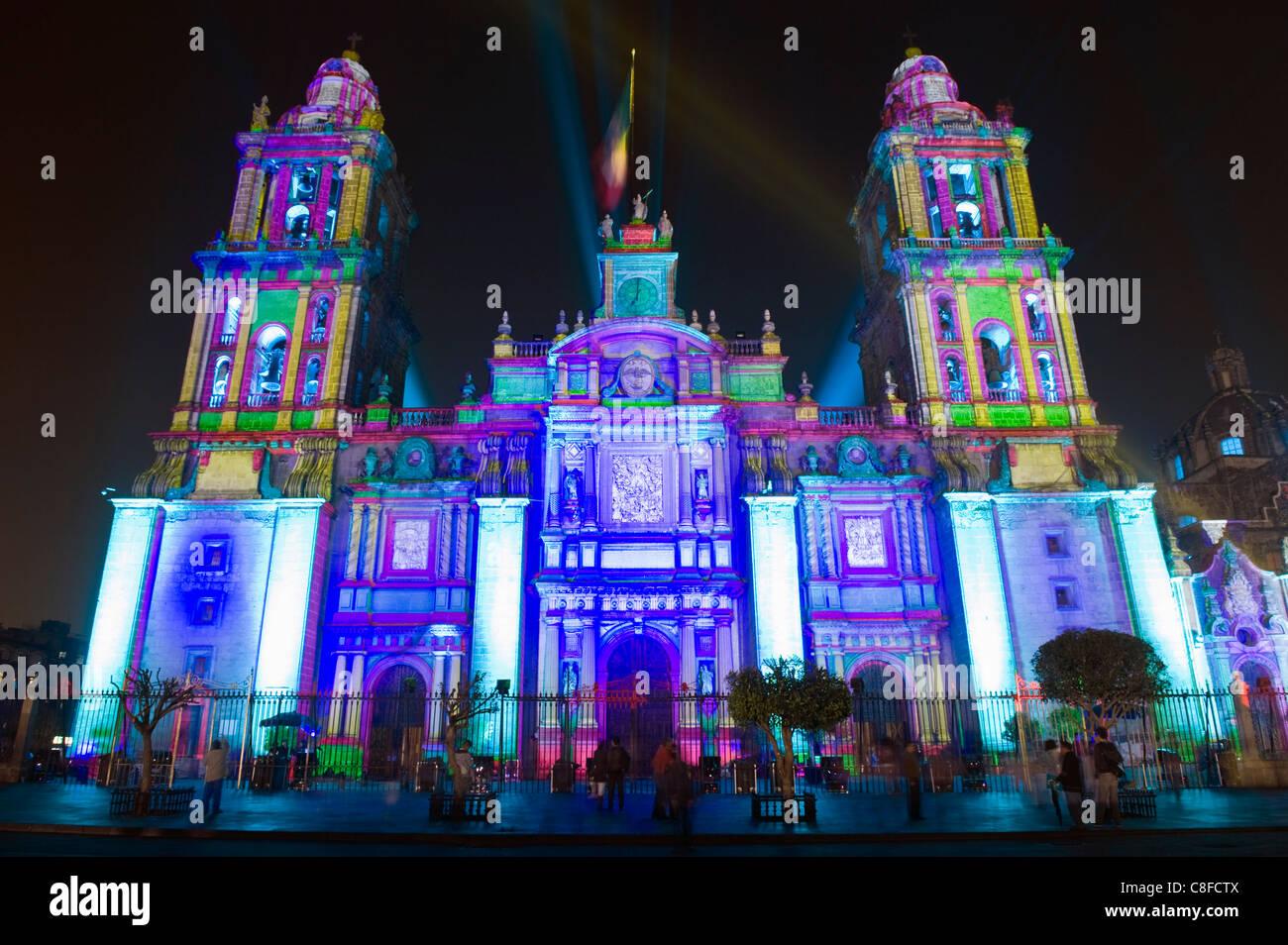 Spettacolo di Luci alla Cattedrale Metropolitana, Distretto federale di Città del Messico, Messico Immagini Stock