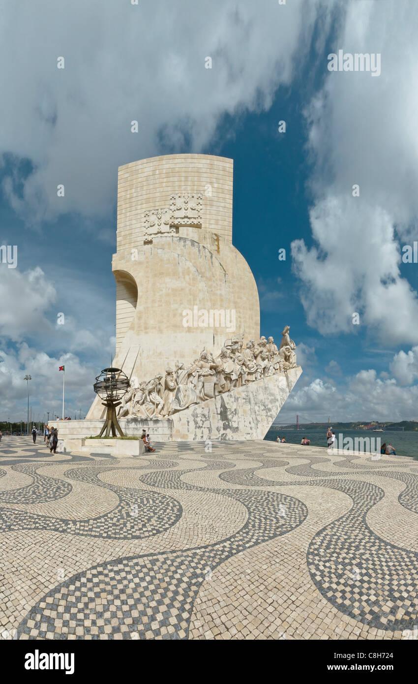 Il Portogallo, Europa, Estremadura, la molla, il Monumento dos Descobrimentos, un monumento, marittimo, scopritore, Immagini Stock