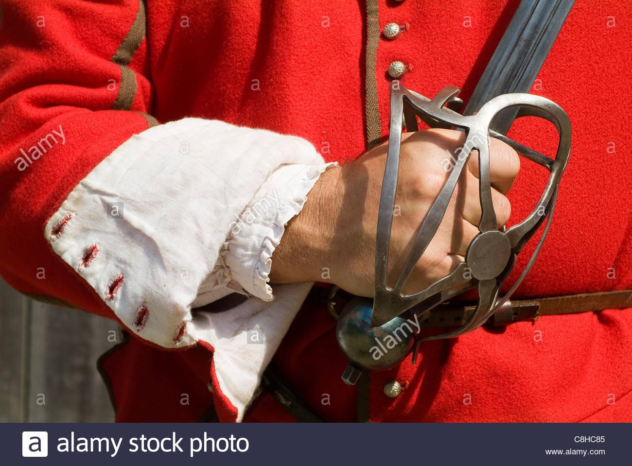 Soldato tenendo la spada in Jamestown Settlement Immagini Stock
