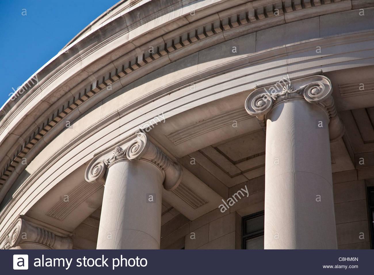 Architettura di stile neoclassico su Federal Trade Building. Immagini Stock