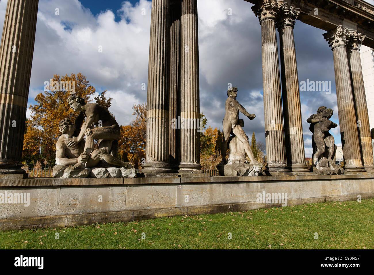Il lottatore colonnati, Pleasance, Potsdam, il Land Brandeburgo, Germania Immagini Stock