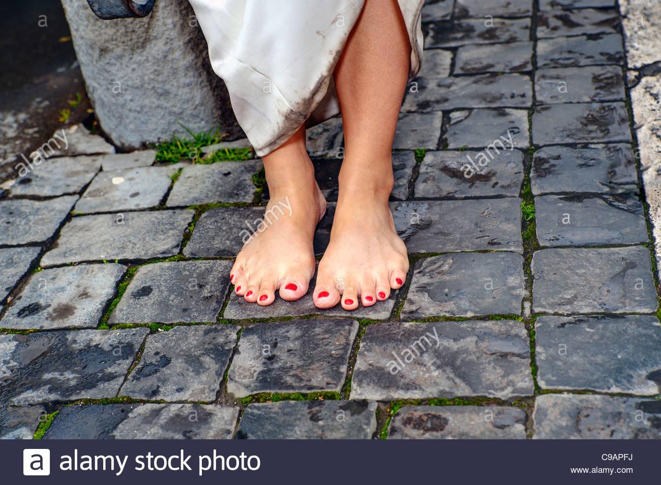 Sposa matrimonio a piedi nudi Immagini Stock
