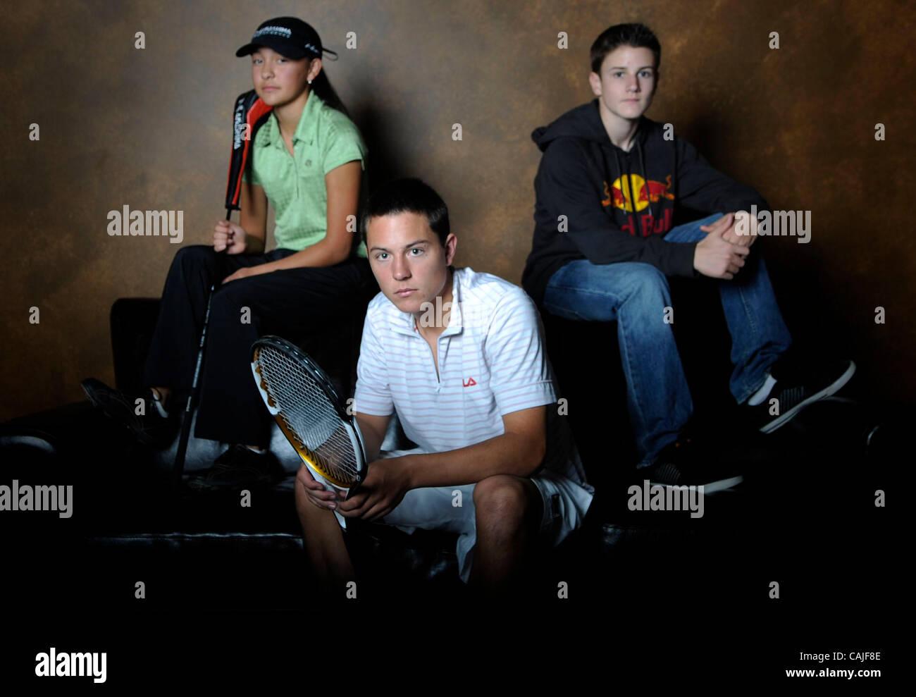 Ashley Noda (sinistra) un giovane giocatore di golf che può essere guidato in modo piuttosto una carriera, Immagini Stock