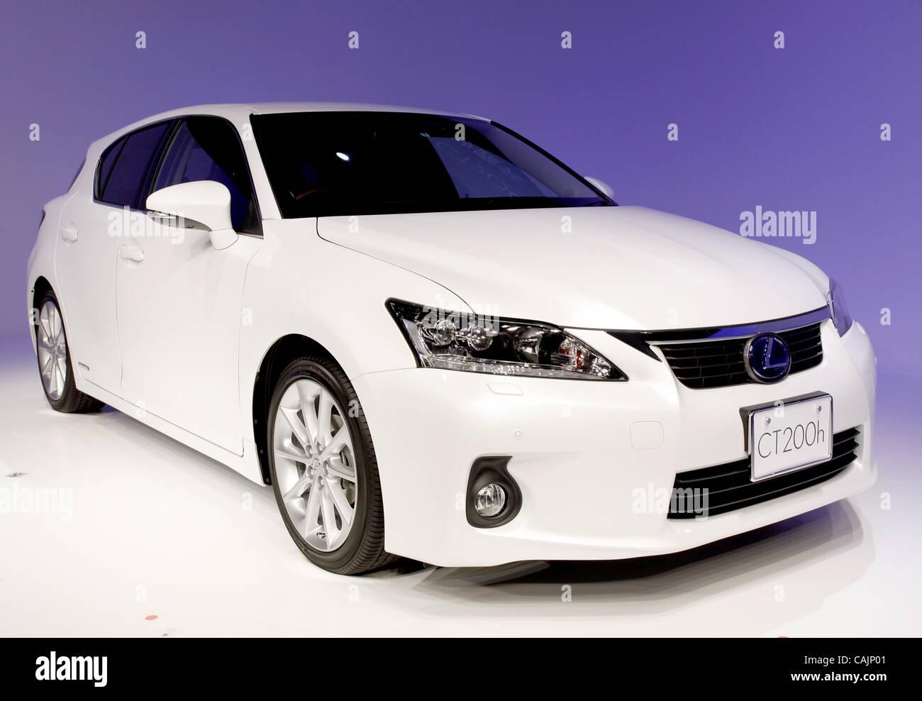 Gen 12, 2011 - Tokyo, Giappone - Toyota Motor Corporation ha introdotto di recente car ''LEXUS CT200h'' Immagini Stock