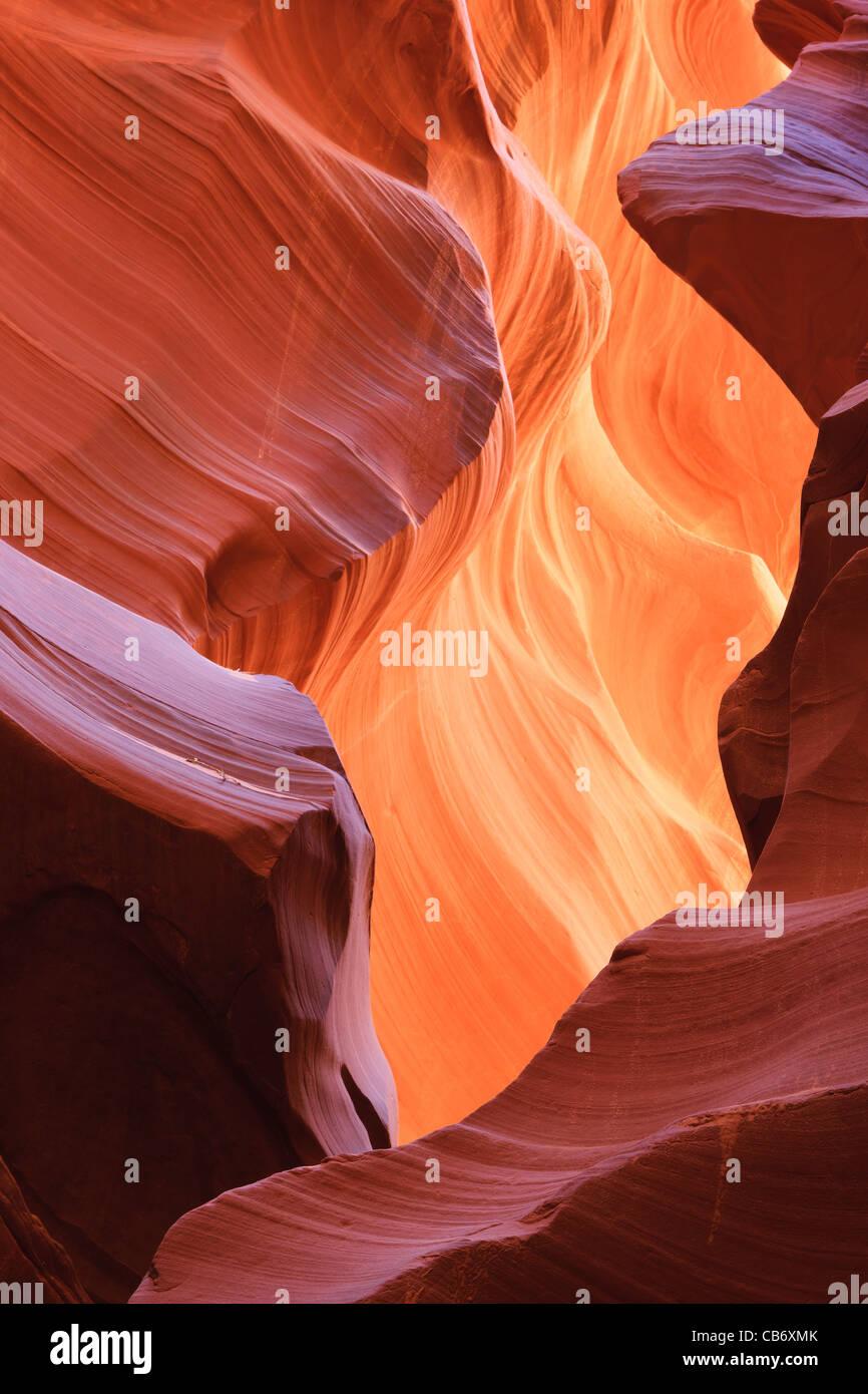 Le linee e le strutture ad abbassare Antelope Canyon, Page Arizona Immagini Stock