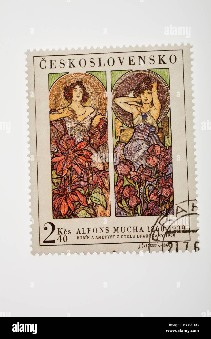 Cecoslovacco di 2 corone e 40 hellers denominazione francobollo con Rubino e ametista movente del pittore Alfons Immagini Stock
