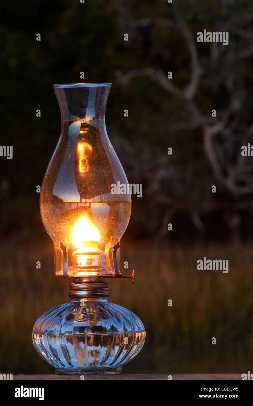 Olio lampada fotografata al di fuori vicino a una palude in Hilton Head Island South Carolina da Jim Crotty Immagini Stock