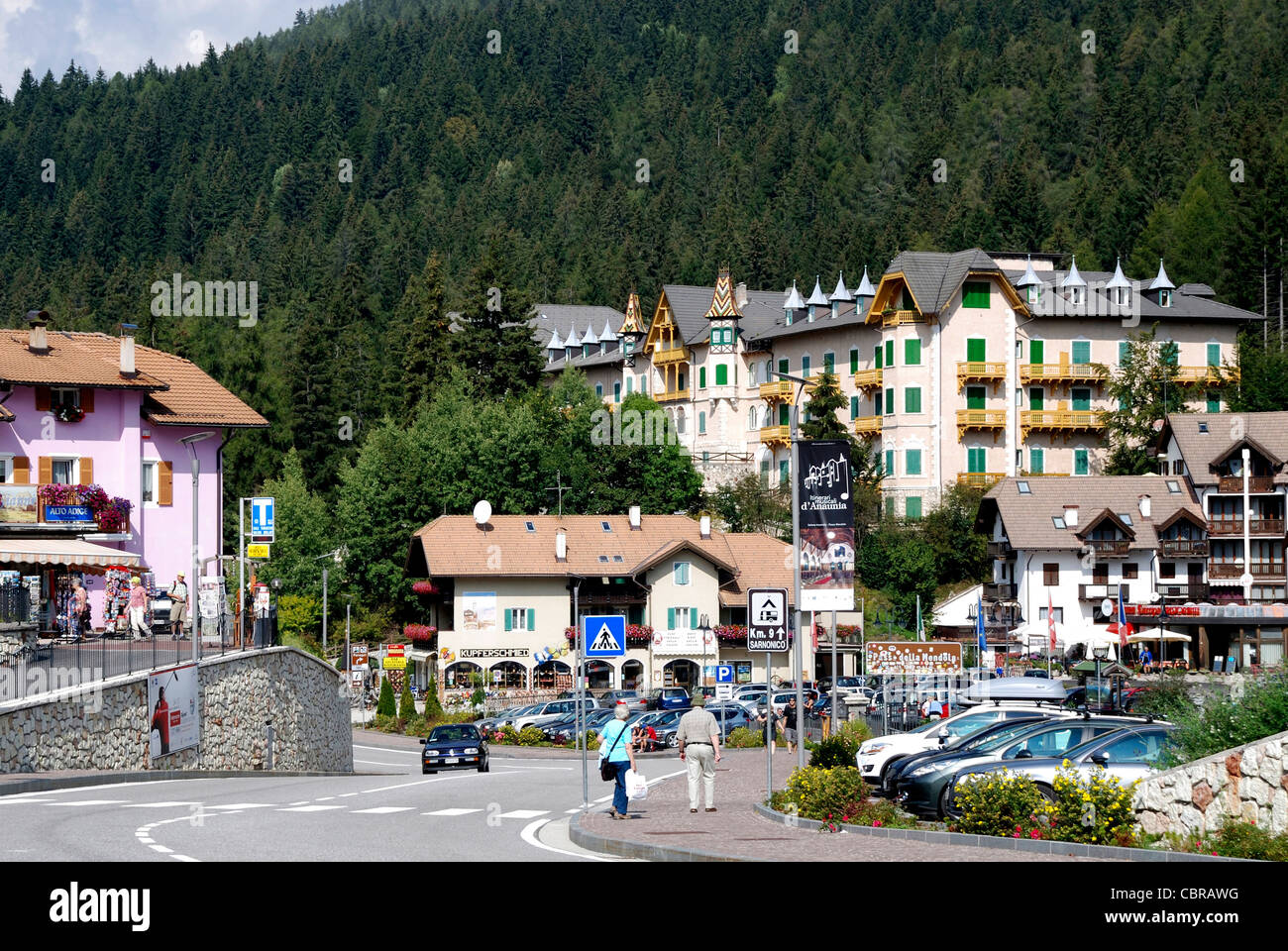 Il picco del Passo della Mendola in Alto Adige 1363 metri circa il livello del mare. Immagini Stock