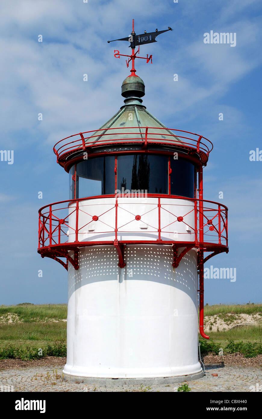 Torre di navigazione di Kap Arkona sull'isola Ruegen. Immagini Stock