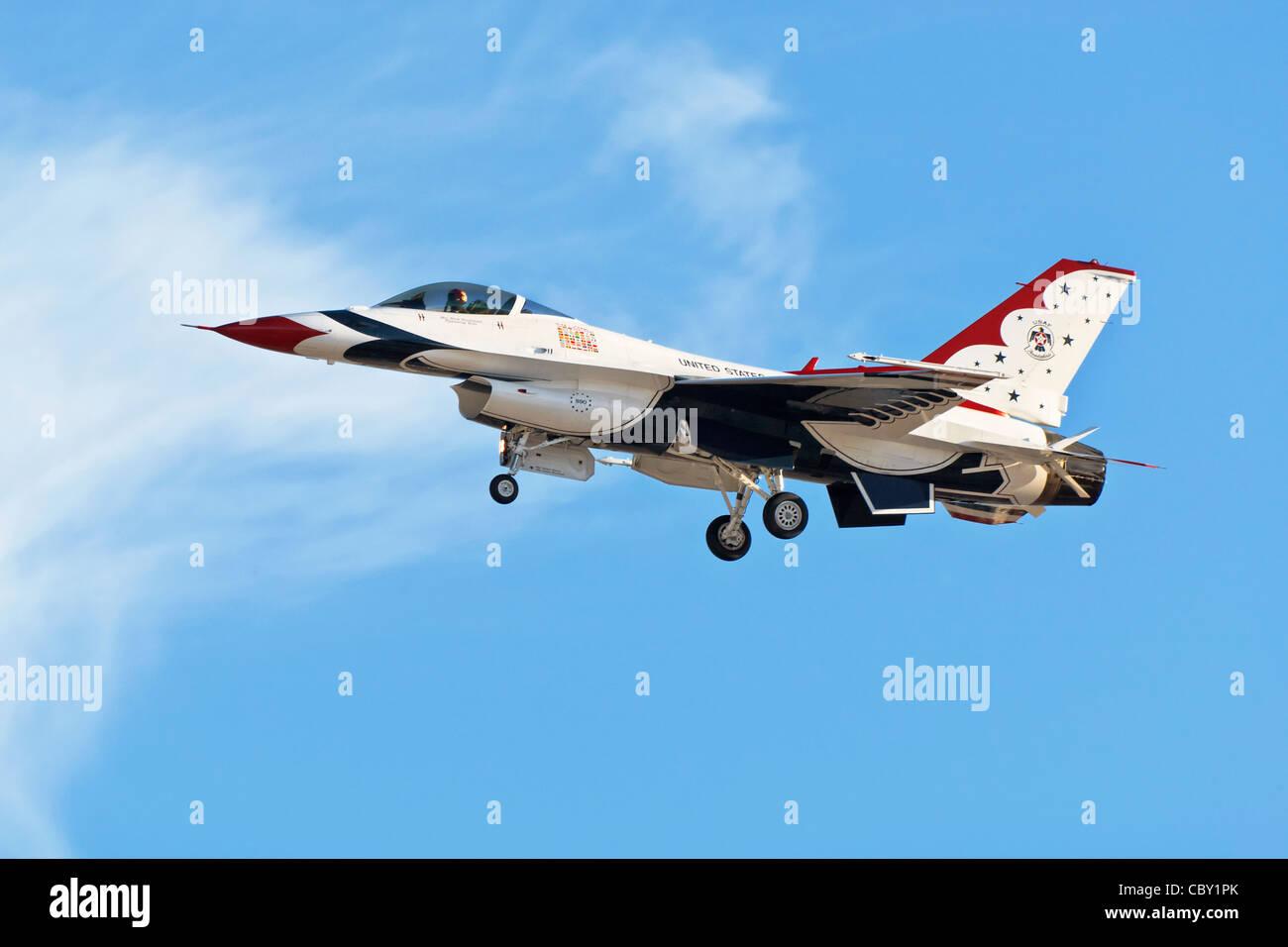 General Dynamics F16 Fighting Falcon Immagini Stock