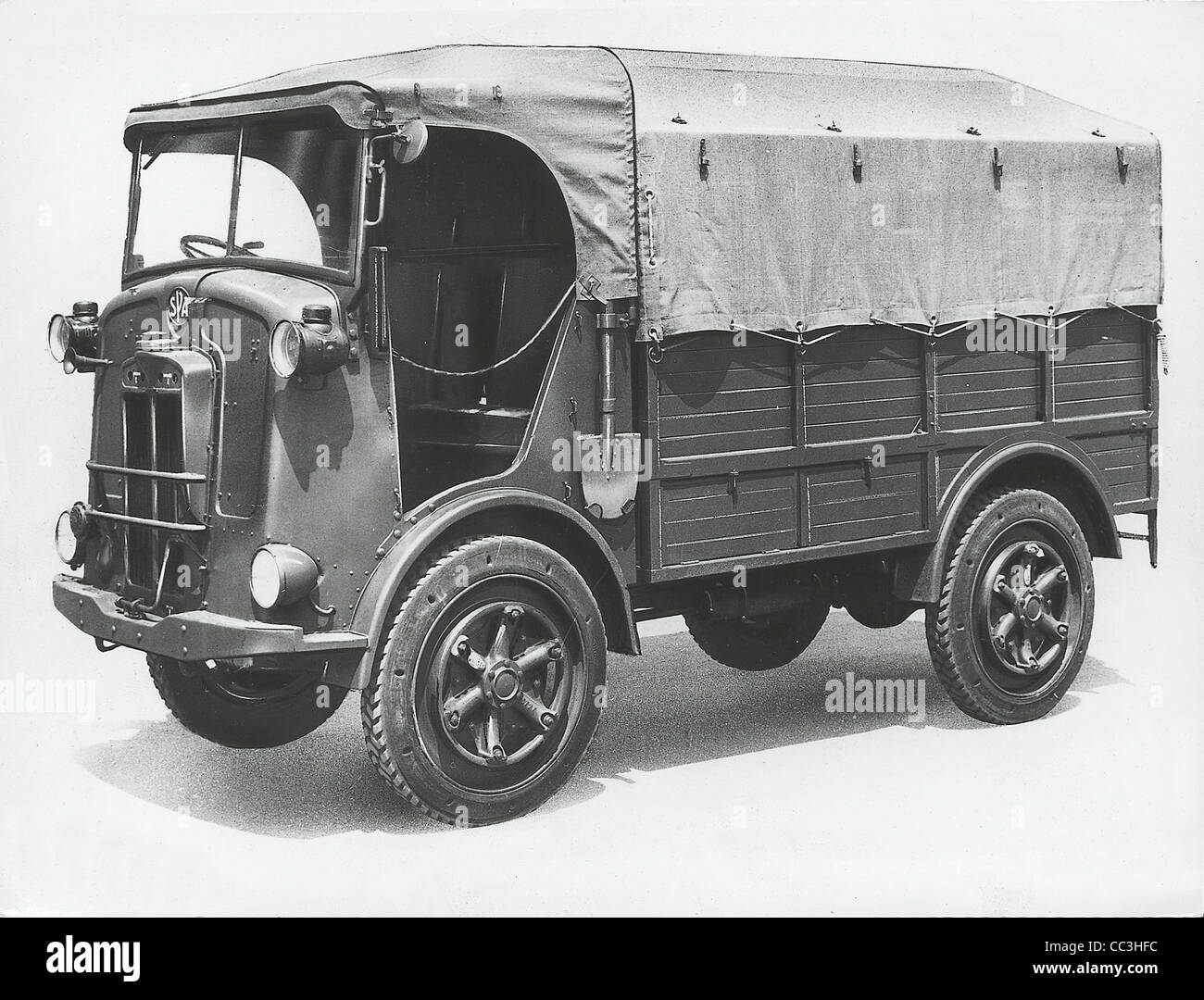 I veicoli militari del XX secolo Italia Spa Cl39 Autocarretta 1940 Immagini Stock