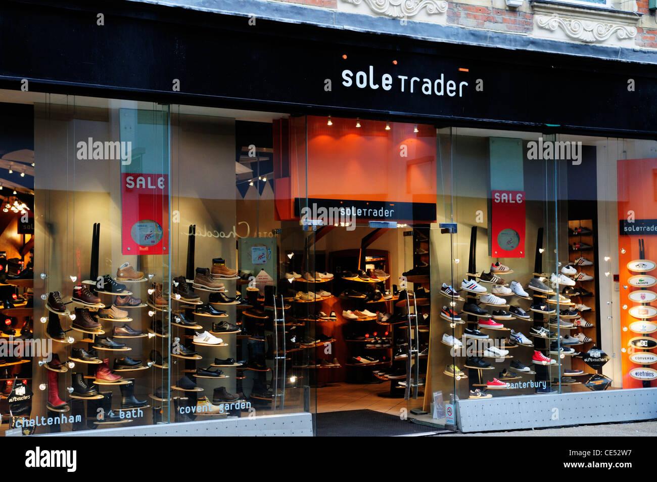 Commerciante esclusivo negozio di scarpe, Cambridge, Inghilterra, Regno Unito Immagini Stock