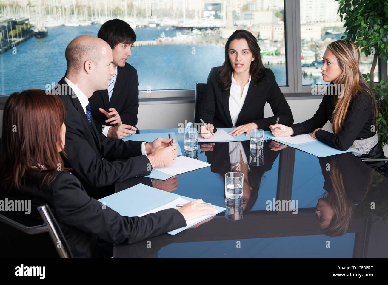 Gli avvocati negoziare in contenzioso Immagini Stock
