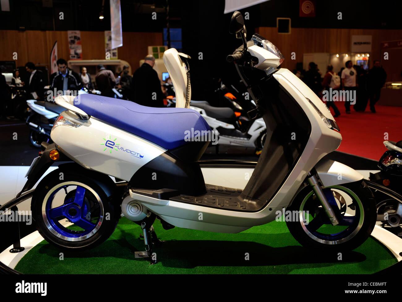 Scooter Peugeote Vivacitàfranciabicicletta Elettrica Ad Emissione