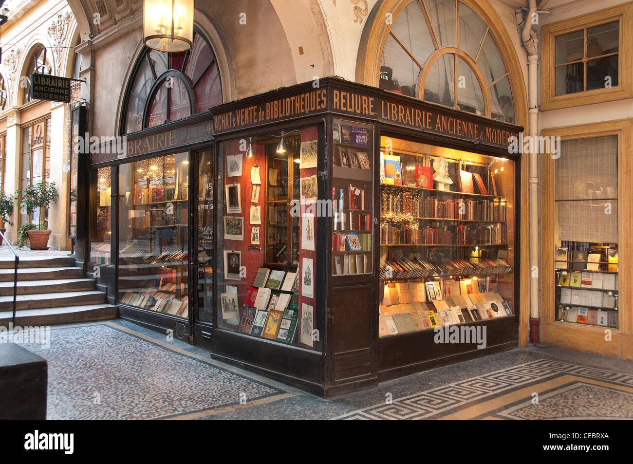 Librairie Ancienne Moderne Libreria moderna antichi - Galleria - Galerie Vivienne Parigi Francia - Francese Foto Stock