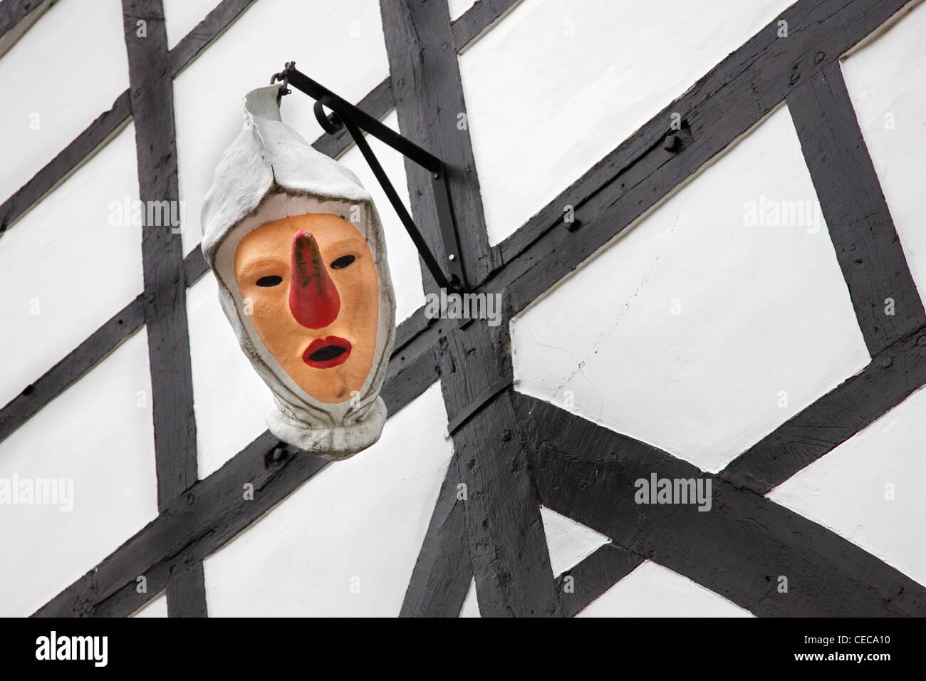 Il carnevale de la maschera Laetare di Blancs-Moussis a Stavelot, Ardenne, Belgio Immagini Stock